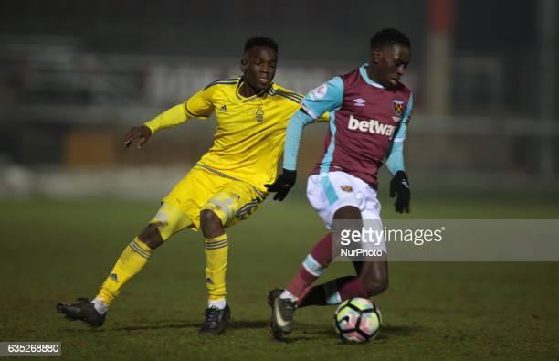 LR Elvis Otim of Nottingham Forest Under 23s and West Ham United U23s Domingos Quina during The Premier League Cup Group E match between West Ham...