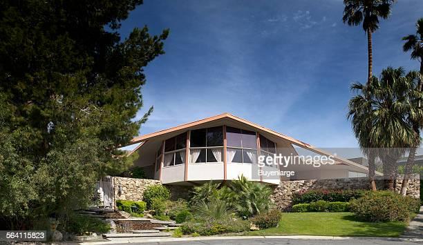 Elvis Presley honeymoon house Palm Springs California