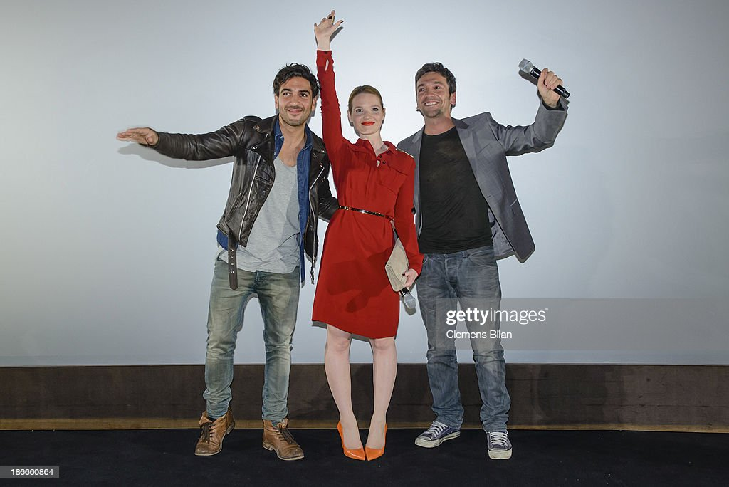 <a gi-track='captionPersonalityLinkClicked' href=/galleries/search?phrase=Elyas+M%27Barek&family=editorial&specificpeople=3967406 ng-click='$event.stopPropagation()'>Elyas M'Barek</a>, <a gi-track='captionPersonalityLinkClicked' href=/galleries/search?phrase=Karoline+Herfurth&family=editorial&specificpeople=636213 ng-click='$event.stopPropagation()'>Karoline Herfurth</a> and Bora Dagtekin attend the 'Fack Ju Gohte' Berlin Premiere at CineStar on November 2, 2013 in Berlin, Germany.