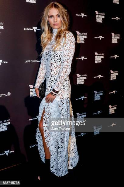Elyse Knowles arrives ahead of the VAMFF 2017 Premium Runway show on March 16 2017 in Melbourne Australia