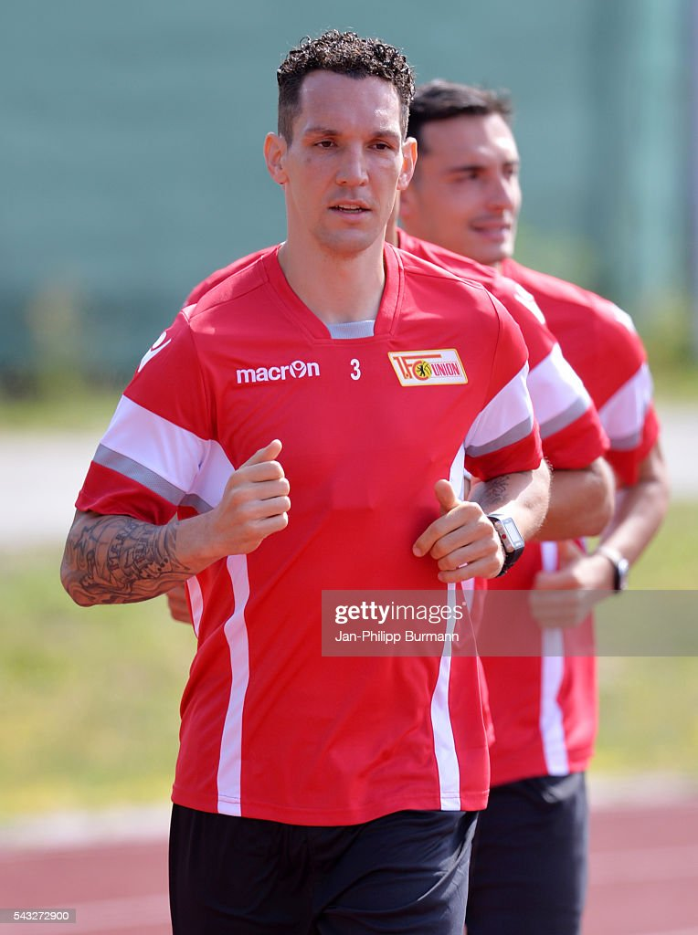 <a gi-track='captionPersonalityLinkClicked' href=/galleries/search?phrase=Emanuel+Pogatetz&family=editorial&specificpeople=712907 ng-click='$event.stopPropagation()'>Emanuel Pogatetz</a> of 1.FC Union Berlin during the lactate tests on June 27, 2016 in Berlin, Germany.