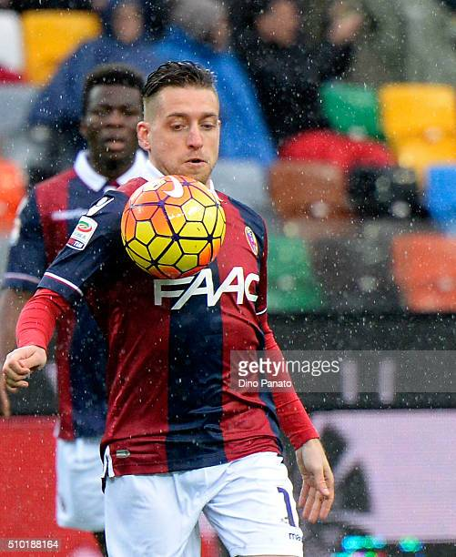 Emanuele Giaccherini of Bologna FC in action during the Serie A match between Udinese Calcio and Bologna FC at Stadio Friuli on February 14 2016 in...