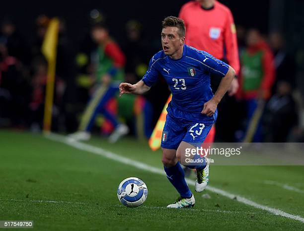 Emanuele Giaccherini of Italy in action during the international friendly match between Italy and Spain at Stadio Friuli on March 24 2016 in Udine...