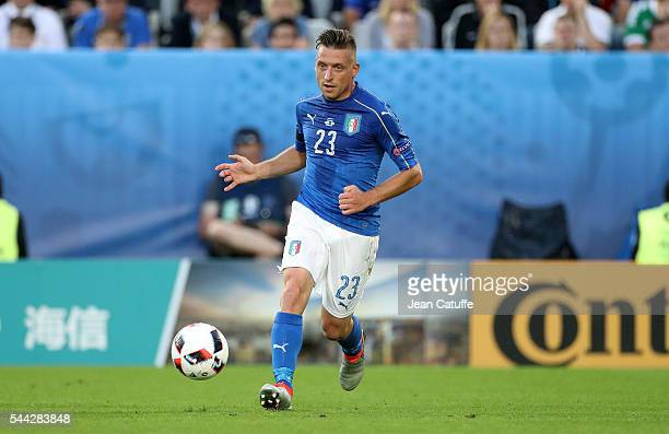 Emanuele Giaccherini of Italy in action during the UEFA Euro 2016 quarter final match between Germany and Italy at Stade Matmut Atlantique on July 2...