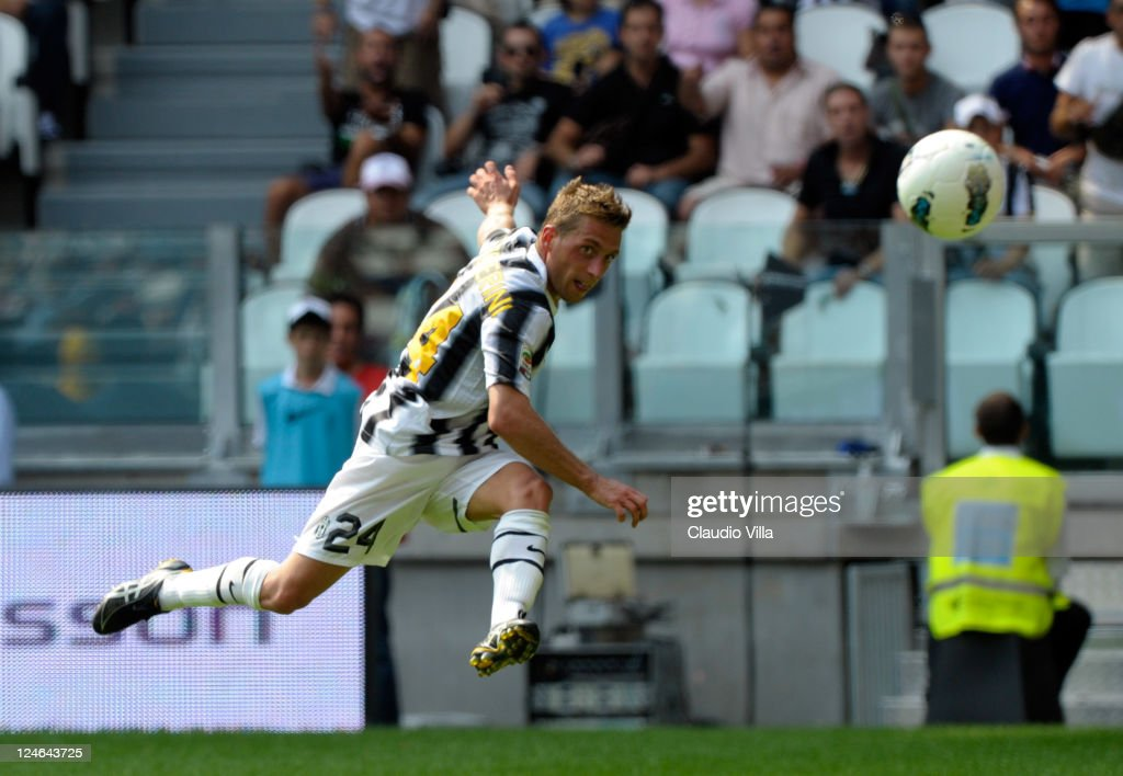 Emanuele Giaccherini of Juventus FC in action during the Serie A match between Juventus FC v Parma FC at Juventus Stadium on September 11, 2011 in Turin, Italy.