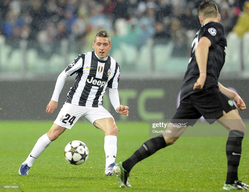 Emanuele Giaccherini of Juventus #24 in action during the Champions League round of 16 second leg match between Juventus and Celtic at Juventus Arena on March 6, 2013 in Turin, Italy.