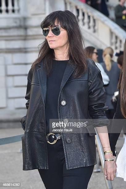 Emanuelle Alt arrives at Chloe Fashion Show during Paris Fashion Week Fall Winter 2015/2016 on March 8 2015 in Paris France
