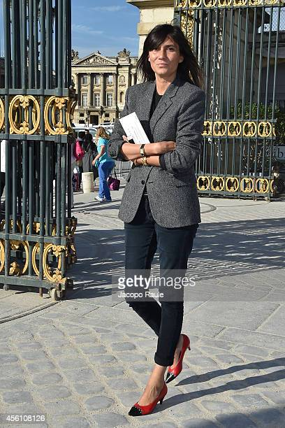 Emanuelle Alt arrives at Nina Ricci Show during Fashion Week Womenswear SS 2015 on September 25 2014 in Paris France