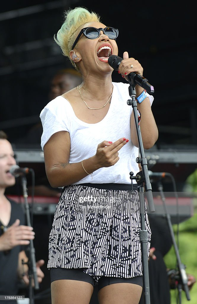 Emeli Sande performs as part of Lollapalooza 2013 at Grant Park on August 2, 2013 in Chicago, Illinois.
