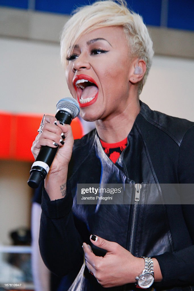 Emeli Sande performs during the JetBlue Live From T5 Concert Series at JFK Airport on April 26, 2013 in New York City.