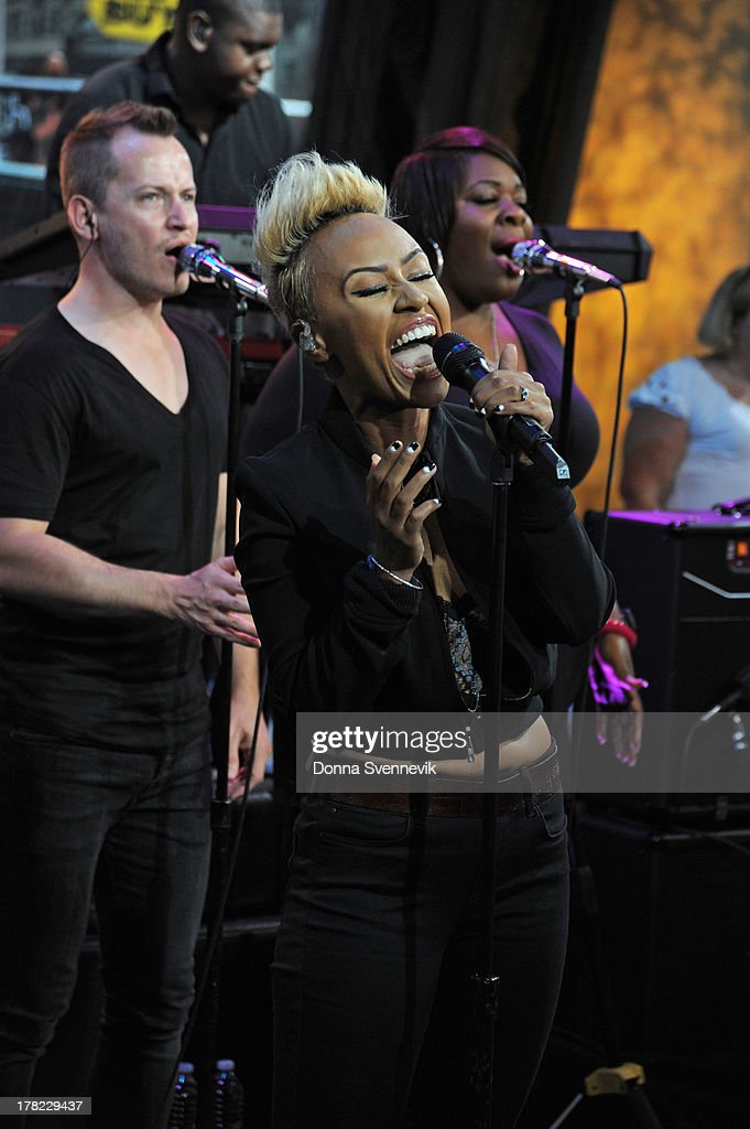 AMERICA - Emeli Sande performs live on 'Good Morning America,' 8/27/13, airing on the ABC Television Network. (Photo by Donna Svennevik/ABC via Getty Images) EMELI