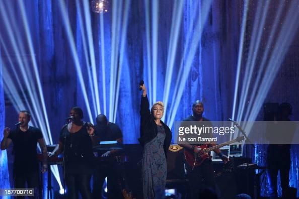 Emeli Sande performs on stage during the VH1 'You Oughta Know In Concert' 2013 on November 11 2013 at Roseland Ballroom in New York City