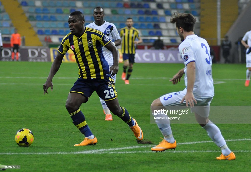 Emenike of Fenerbahce in action during the Turkish Spor Toto Super League football match between Suat Altin Insaat Kayseri Erciyesspor and Fenerbahce...