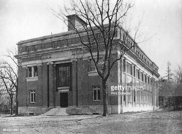 Emerson Hall Harvard University Cambridge Massachusetts USA early 20th century Designed by Guy Lowell and completed in 1900 Emerson Hall houses...