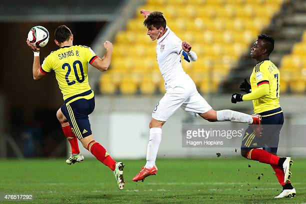Emerson Hyndman of USA heads the ball during the FIFA U20 World Cup New Zealand 2015 Round of 16 match between USA and Colombia at Wellington...