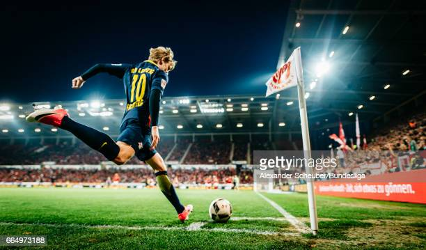 Emil Forsberg of Leipzig kicks a corner during the Bundesliga match between 1 FSV Mainz 05 and RB Leipzig at Opel Arena on April 5 2017 in Mainz...