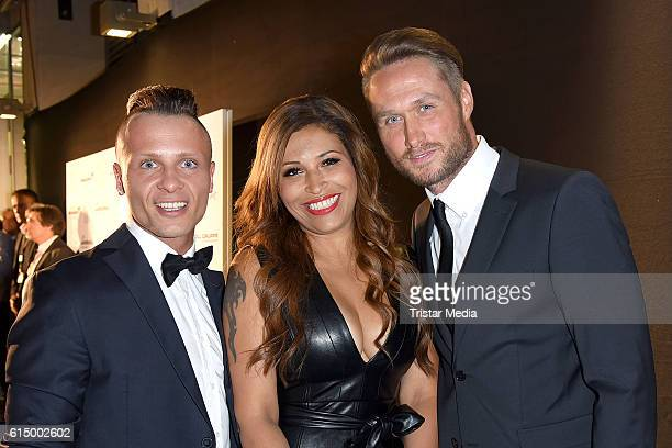 Emil Kusmirek Nico Schwanz and Patricia Blanco attend the Opening Party of the Men's Beauty Clinic on October 15 2016 in Duesseldorf Germany