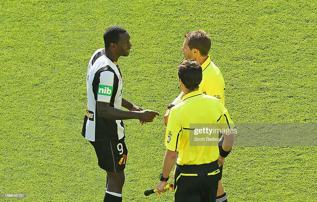Emile Heskey of the Jets speaks with the referees after the round 14 A-League match between Melbourne Heart and the Newcastle Jets at AAMI Park on January 1, 2013 in Melbourne, Australia.