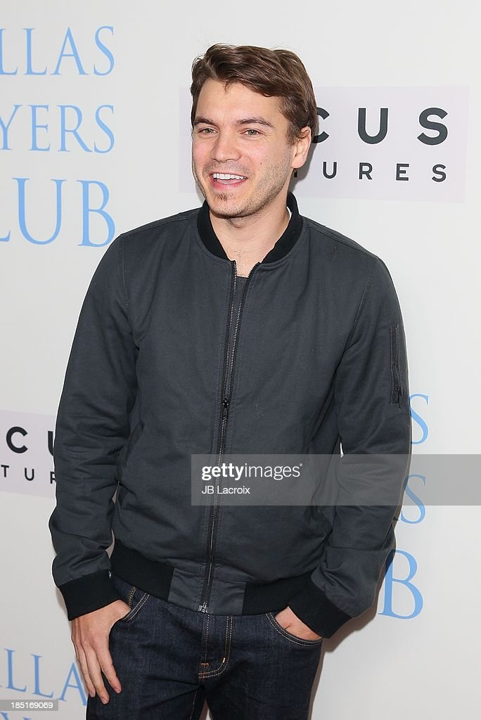 Emile Hirsh attends the 'Dallas Buyers Club' Los Angeles premiere held at the Academy of Motion Picture Arts and Sciences on October 17, 2013 in Beverly Hills, California.