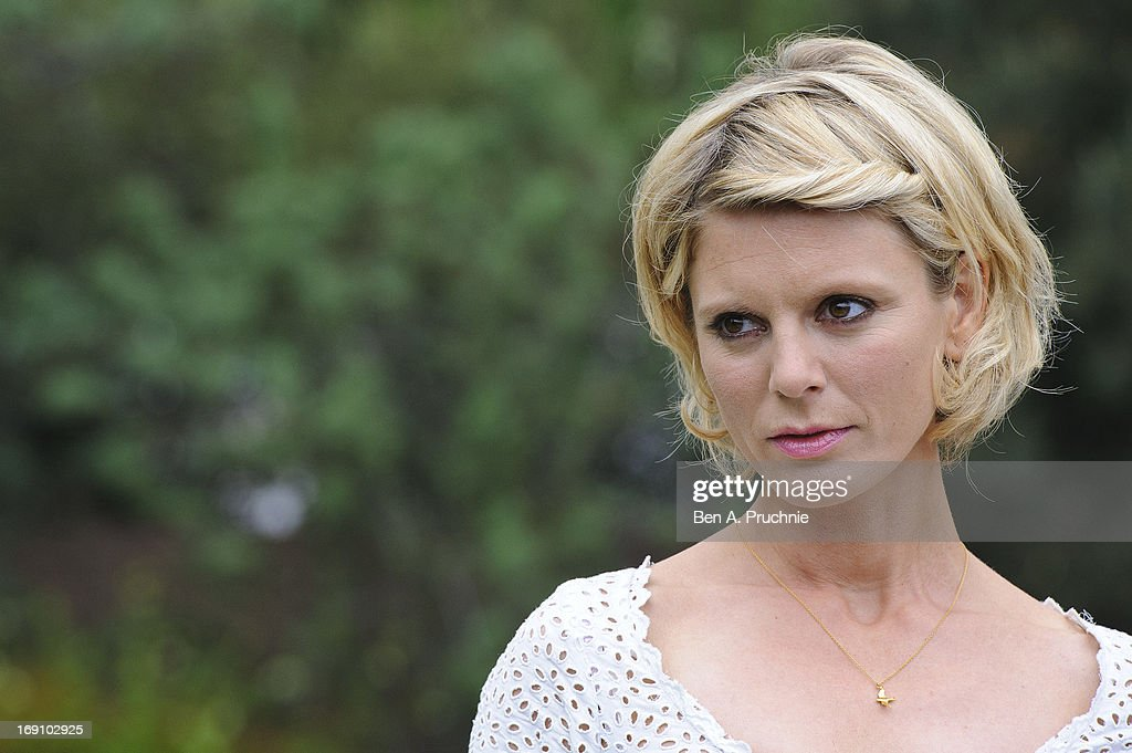 <a gi-track='captionPersonalityLinkClicked' href=/galleries/search?phrase=Emilia+Fox&family=editorial&specificpeople=210768 ng-click='$event.stopPropagation()'>Emilia Fox</a> attends the Chelsea Flower Show press and VIP preview day at Royal Hospital Chelsea on May 20, 2013 in London, England.