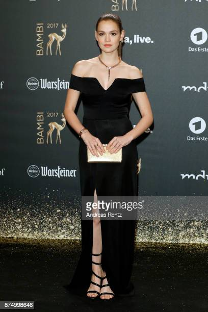 Emilia Schuele arrives at the Bambi Awards 2017 at Stage Theater on November 16 2017 in Berlin Germany