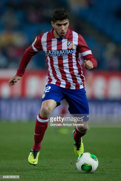 Emiliano Insua of Atletico de Madrid controls the ball during the Copa del Rey Round of 32 second leg match between Club Atletico de Madrid and Sant...