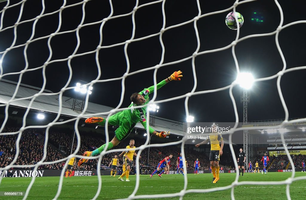 Emiliano Martinez of Arsenal fails to stop Yohan Cabaye of Crystal Palace from scoring their second goal during the Premier League match between Crystal Palace and Arsenal at Selhurst Park on April 10, 2017 in London, England.