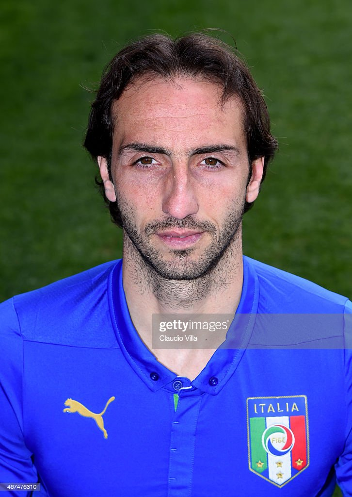 <a gi-track='captionPersonalityLinkClicked' href=/galleries/search?phrase=Emiliano+Moretti&family=editorial&specificpeople=653861 ng-click='$event.stopPropagation()'>Emiliano Moretti</a> of Italy poses for a portrait session at Coverciano on March 24, 2015 in Florence, Italy.