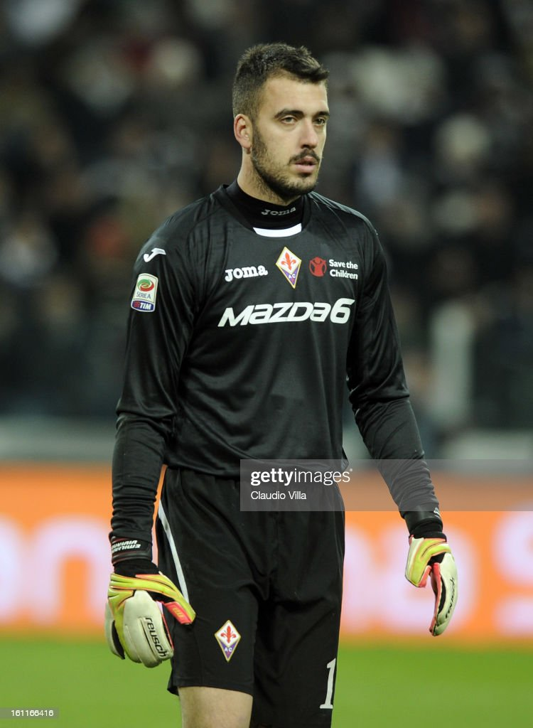 Emiliano Viviano of ACF Fiorentina during the Serie A match between Juventus FC and ACF Fiorentina at Juventus Arena on February 9, 2013 in Turin, Italy.