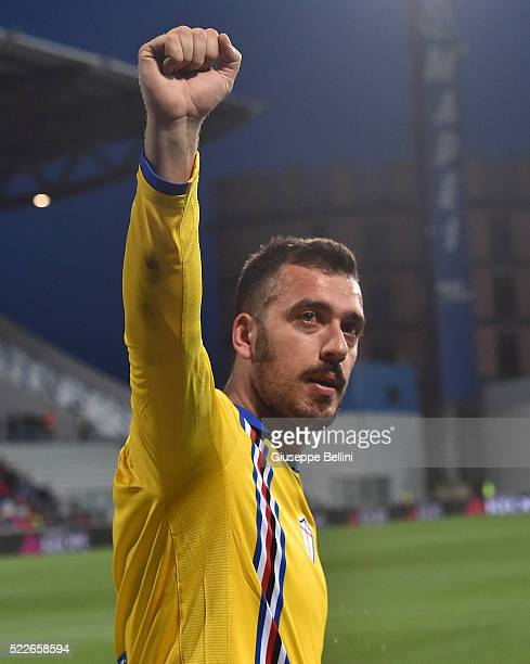 Emiliano Viviano of UC Sampdoria after the Serie A match between US Sassuolo Calcio and UC Sampdoria at Mapei Stadium Citta del Tricolore on April 20...