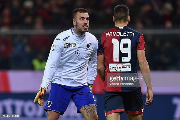Emiliano Viviano of UC Sampdoria reacts to Leonardo Pavoletti of Genoa CFC during the Serie A match between Genoa CFC and UC Sampdoria at Stadio...