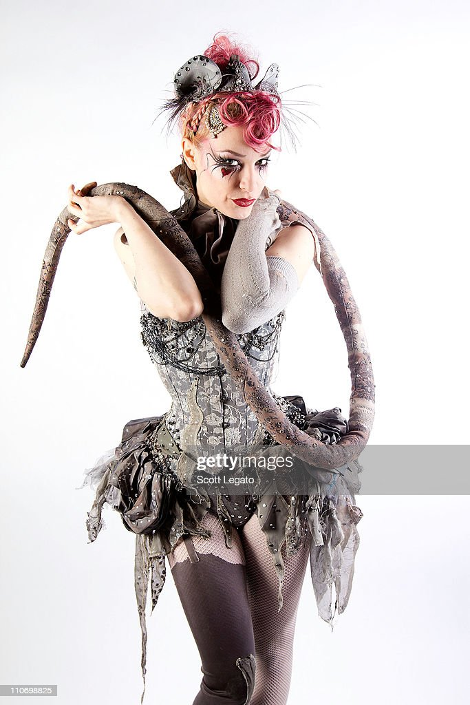 Emilie Autum: Emilie Autumn Portrait Shoot