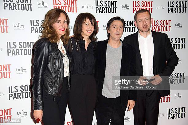 Emilie Freche Valerie Bonneton Yvan Attal and Dany Boon attend the 'Ils sont Partout' Paris Premiere at Cinema Gaumont Capucines on May 31 2016 in...