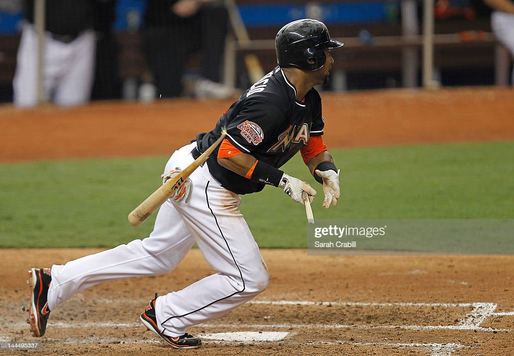 <a gi-track='captionPersonalityLinkClicked' href=/galleries/search?phrase=Emilio+Bonifacio&family=editorial&specificpeople=4193706 ng-click='$event.stopPropagation()'>Emilio Bonifacio</a> #1 of the Miami Marlins breaks his bat during a game against the Pittsburgh Pirates at Marlins Park on May 14, 2012 in Miami, Florida. The Pirates defeated the Marlins 3-2.