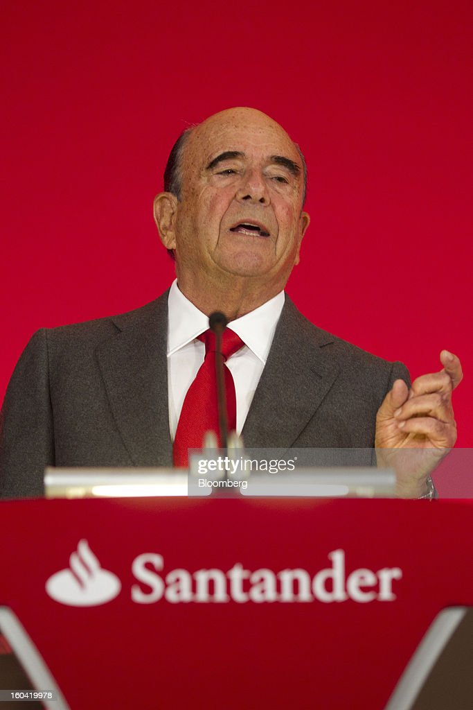 Emilio Botin, chairman of Banco Santander SA, speaks during a news conference in Madrid, Spain, on Thursday, Jan. 31, 2013. Banco Santander SA posted a fourth-quarter profit that missed analyst estimates as Spain's biggest lender set aside money for further loan losses in its home market and earnings slumped in Brazil and Britain. Photographer: Angel Navarrete/Bloomberg via Getty Images