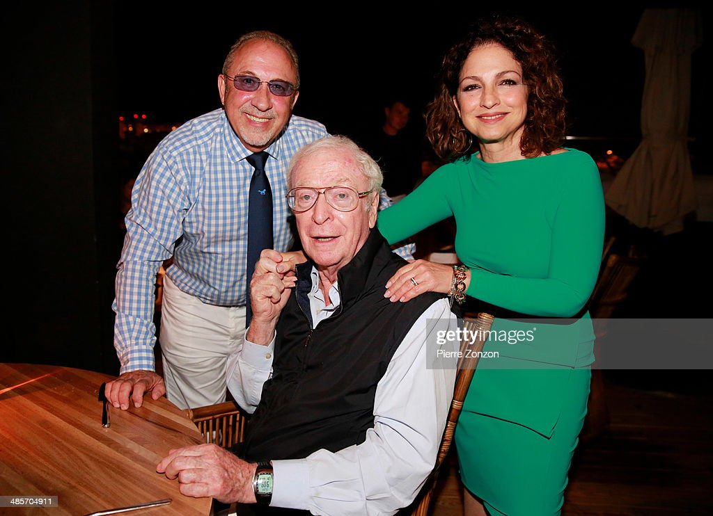 <a gi-track='captionPersonalityLinkClicked' href=/galleries/search?phrase=Emilio+Estefan&family=editorial&specificpeople=210517 ng-click='$event.stopPropagation()'>Emilio Estefan</a>, <a gi-track='captionPersonalityLinkClicked' href=/galleries/search?phrase=Michael+Caine+-+Actor&family=editorial&specificpeople=159746 ng-click='$event.stopPropagation()'>Michael Caine</a> and <a gi-track='captionPersonalityLinkClicked' href=/galleries/search?phrase=Gloria+Estefan&family=editorial&specificpeople=201703 ng-click='$event.stopPropagation()'>Gloria Estefan</a> seen at Seasalt and Pepper restaurant on April 19, 2014 in Miami, Florida.