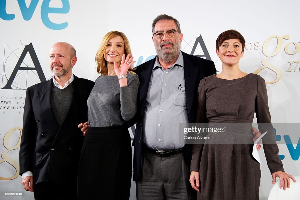 Emilio Pina, Eva Cebrian, President of Spanish Cinema Academy Enrique Gonzalez Macho and <a gi-track='captionPersonalityLinkClicked' href=/galleries/search?phrase=Eva+Hache&family=editorial&specificpeople=4686428 ng-click='$event.stopPropagation()'>Eva Hache</a> attend the 'Goya Film Awards 2013' press conference on December 19, 2012 in Madrid, Spain.