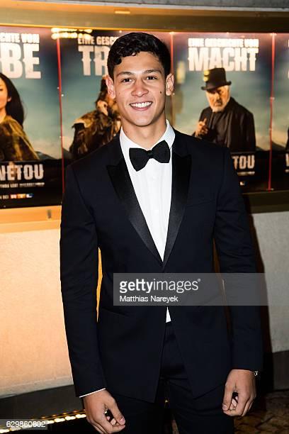Emilio Sakraya Moutaoukkil attends the 'Winnetou Eine neue Welt' premiere at Delphi on December 14 2016 in Berlin Germany