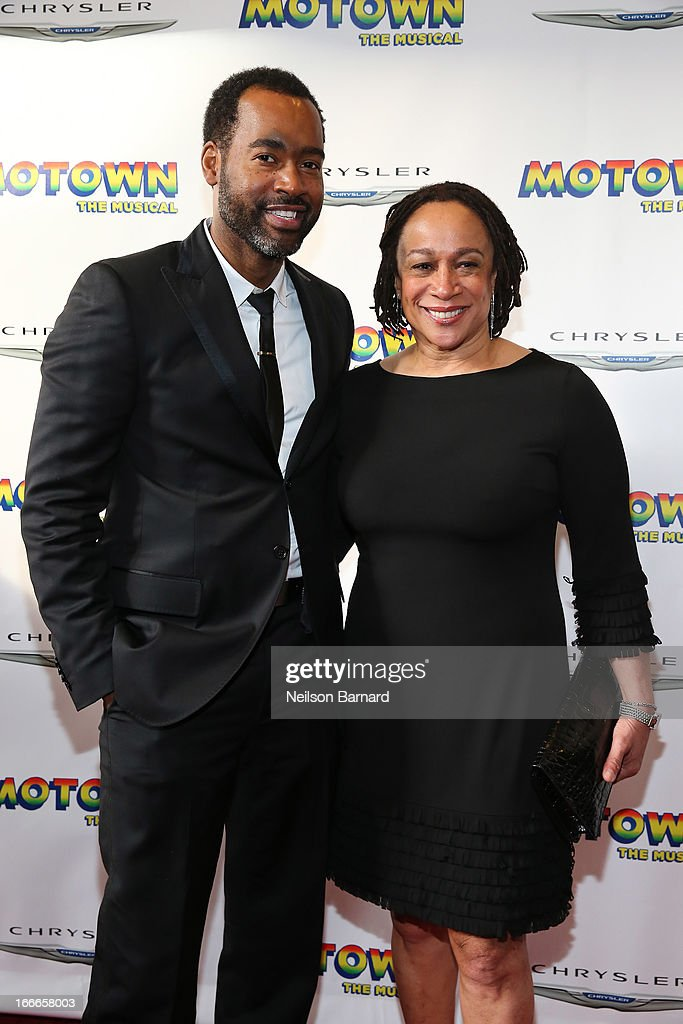 Emilo Esosa (L) and S. Epatha Merkerson attend the Broadway opening night for 'Motown: The Musical' at Lunt-Fontanne Theatre on April 14, 2013 in New York City.