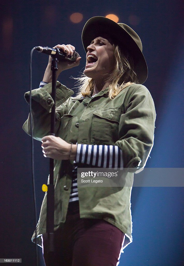 <a gi-track='captionPersonalityLinkClicked' href=/galleries/search?phrase=Emily+Armstrong&family=editorial&specificpeople=5310796 ng-click='$event.stopPropagation()'>Emily Armstrong</a> of Dead Sara performs at Joe Louis Arena on March 2, 2013 in Detroit, Michigan.