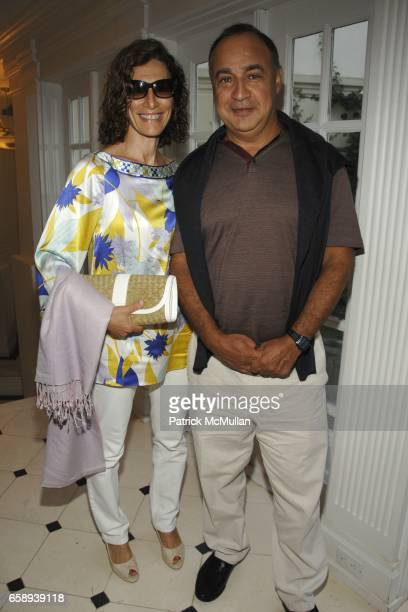 Emily Blavatnik and Len Blavatnik attend Carolina Herrera Hosts a Screening of 'MY ONE AND ONLY' in East Hampton at Goose Creek on August 15 2009 in...