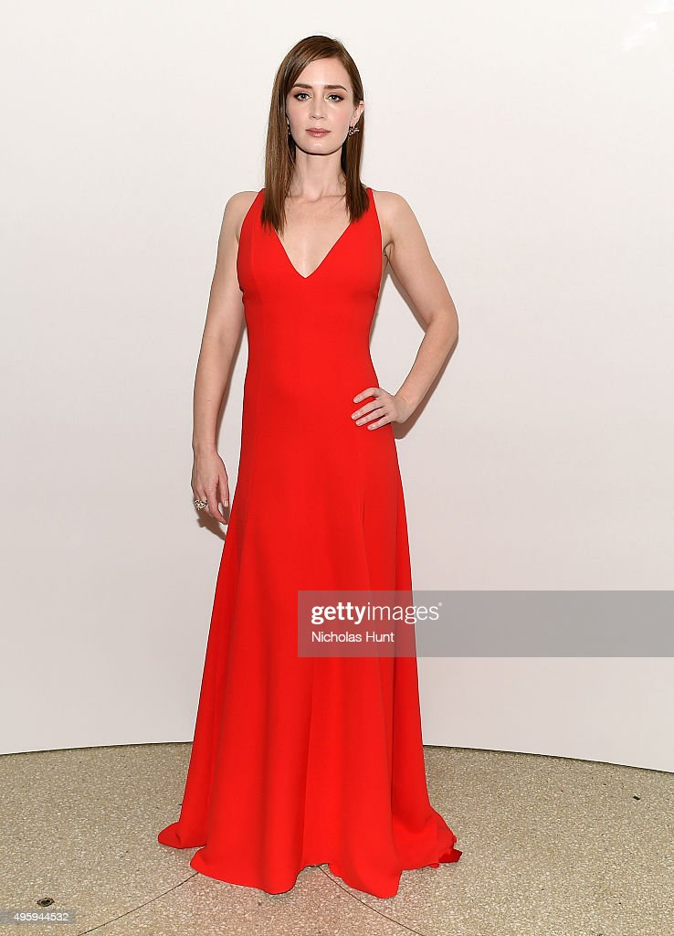 <a gi-track='captionPersonalityLinkClicked' href=/galleries/search?phrase=Emily+Blunt&family=editorial&specificpeople=213480 ng-click='$event.stopPropagation()'>Emily Blunt</a> attends the 2015 Guggenheim International Gala Dinner made possible by Dior at Solomon R. Guggenheim Museum on November 5, 2015 in New York City.