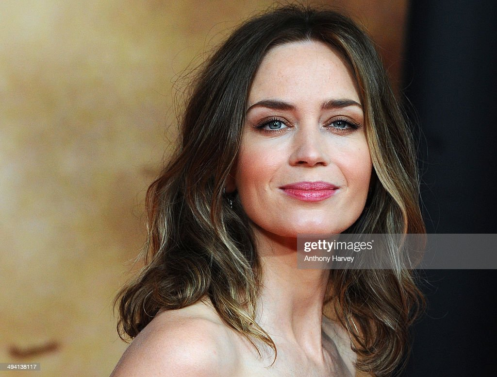 <a gi-track='captionPersonalityLinkClicked' href=/galleries/search?phrase=Emily+Blunt&family=editorial&specificpeople=213480 ng-click='$event.stopPropagation()'>Emily Blunt</a> attends the premiere of 'Edge Of Tomorrow' on May 28, 2014 in London, United Kingdom.