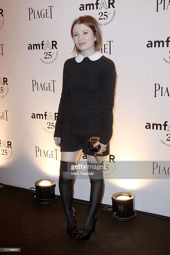 Emily Browning attends the amfAR Inspiration Gala photocall at Pavillon Gabriel on June 23, 2011 in Paris, France.