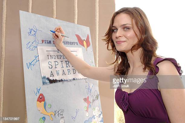 Emily Deschanel during Film Independent's 2006 Independent Spirit Awards Entertainment Weekly in Santa Monica California United States