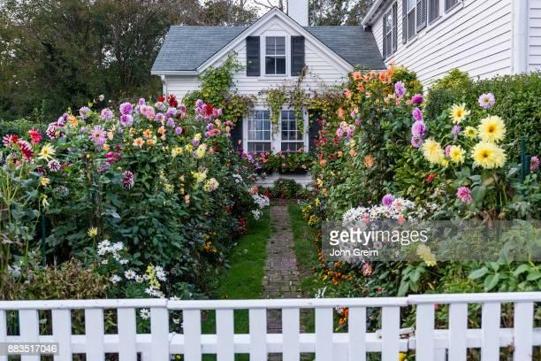 S VINEYARD EDGARTOWN MASSACHUSETTS UNITED STATES Emily Post House and Garden