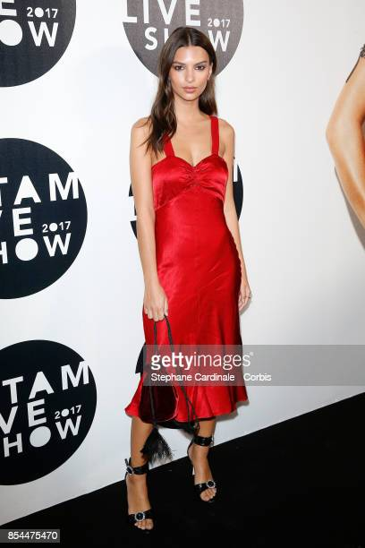 Emily Ratajkowski attends the Etam show as part of the Paris Fashion Week Womenswear Spring/Summer 2018 at on September 26 2017 in Paris France