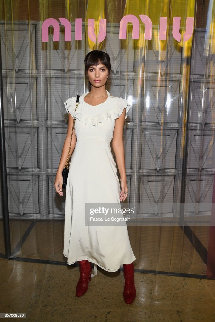 emily-ratajkowski-attends-the-miu-miu-show-as-part-of-the-paris-week-picture-id857069526