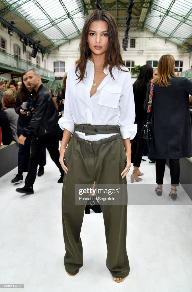 Emily Ratajkowski attends the Valentino show as part of the Paris Fashion Week Womenswear Spring/Summer 2018 on October 1, 2017 in Paris, France.