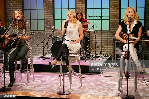 Emily Robison Natalie Maines and Martie Maguire of the Dixie Chicks *EXCLUSIVE*